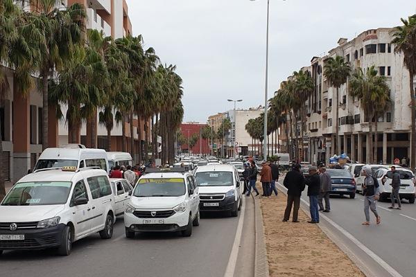El-Jadida-Coronavirus : deux  chauffeurs de taxis dépistés positifs